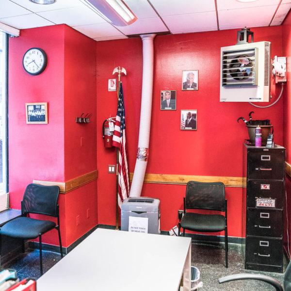 Kleines Officebüro in der Grand Central Station.